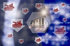 Inwestor wskazuje wartości dna obwódki wydatkowym botto obraz royalty free