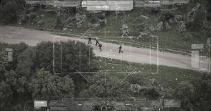Inwigilacja trutnia kamery widok terrorystyczny oddzia?u odprowadzenie z broniami zbiory wideo