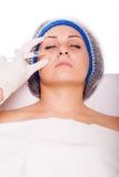 Inyecciones cosméticas de Botox del procedimiento fotografía de archivo libre de regalías