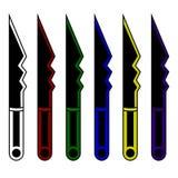 Inzameling van beeldverhaaldolken Reeks van decoratiewapen voor het ontwerp van het computerspel Fantasie knifes Vector illustrat royalty-vrije illustratie