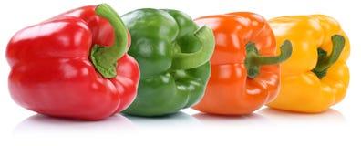Inzameling van de paprikapaprika van de groene paprikapeper op een rij vege Royalty-vrije Stock Foto
