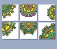 Inzameling van decoratieve bloemengroetkaarten binnen Stock Foto