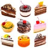 Inzameling van geïsoleerde foto's heerlijke cakes stock afbeeldingen
