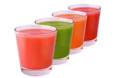 Inzameling van gekleurd smoothie geïsoleerd op witte achtergrond Royalty-vrije Stock Foto