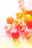 Inzameling van Kerstmisballen met kleurenfilters die wordt gemaakt Royalty-vrije Stock Fotografie
