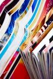Inzameling van kleurrijke tijdschriften Stock Foto