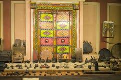 Inzameling van oude en unieke Indische werktuigen en hulpmiddelen, vishala, ahmedabad Stock Fotografie