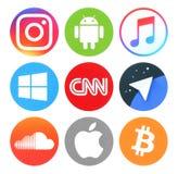 Inzameling van populaire ronde sociale media, nieuws, muziek en andere emblemen Stock Fotografie