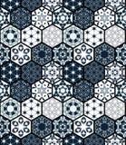 Inzameling van sier hexagonale tegels Vector naadloos lapwerkpatroon stock illustratie