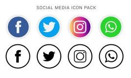 Inzameling van sociale media pictogrammen en emblemen stock foto's