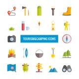 Inzameling van toerisme anf het kamperen vlakke pictogrammen Stock Foto