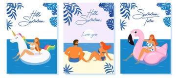 Inzameling van tropische de zomerkaarten Vectorillustratie met meisjes in zwempak en paar in liefde Mooi malplaatje Kan gebruik z royalty-vrije illustratie