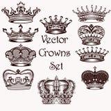 Inzameling van vectorhand getrokken kronen voor ontwerp Royalty-vrije Stock Afbeeldingen