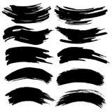 Inzameling van vlekken met zwarte verf, slagen, borstelslagen, vlekken en plonsen, vuile lijnen, ruwe texturen vector illustratie