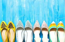 Inzameling van vrouwen` s schoenen stock afbeeldingen
