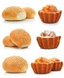 Inzameling van zoete geïsoleerdet cakes en broodjes Stock Afbeelding