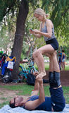 Ioga acrobática Fotografia de Stock