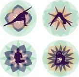 A ioga mostra em silhueta a coleção Fotos de Stock