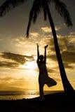 Ioga pelo oceano Foto de Stock