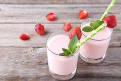 Iogurte da morango Foto de Stock Royalty Free