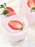 Iogurte da morango Fotos de Stock