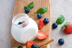 Iogurte fresco fotos de stock royalty free