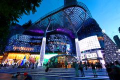 ION Orchard shoppinggalleria Singapore Arkivbilder
