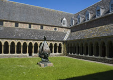 Iona Abbey. View of the reconstructed cloister of Iona Abbey with sculpture in centre. Descent of the Spirit was sculpted by Jacques Lipchitz Stock Image