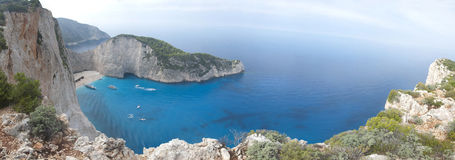 Ionian hav för Navagio strand Arkivfoton