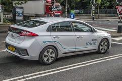 IONIQ Car Sharing Company op de Straat bij het Nederland 2018 van Amsterdam stock foto