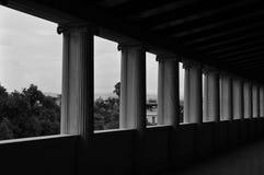 Ionische attalos van kolommenstoa Stock Foto's