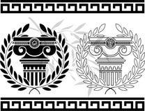 Ionische kolommen met kronen Royalty-vrije Stock Foto