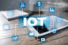 IOT Διαδίκτυο της έννοιας πράγματος Πολυδιαυλικό σε απευθείας σύνδεση δίκτυο επικοινωνίας 4 ασύρματη εφαρμογή Διαδικτύου 0 τεχνολ Στοκ Φωτογραφία