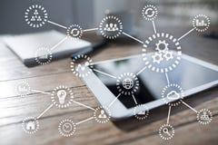 IOT Διαδίκτυο των πραγμάτων Αυτοματοποίηση και σύγχρονη έννοια τεχνολογίας Στοκ Εικόνες