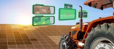 Iot przemysłu mądrze robot 4 (0) rolnictw pojęć, przemysłowy agronom, rolnik używa autonomicznego ciągnika z jaźni napędowym tech zdjęcie royalty free