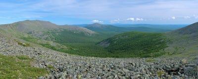 Iov góra, Burtym góra i skłon Serebryanskiy skała, Wspinamy się, Rosja Fotografia Stock