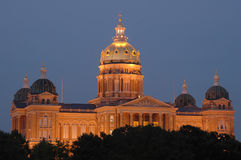 Iowa State Capital at dusk Royalty Free Stock Photos