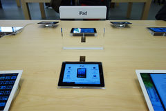 Ipad in apple store Stock Images