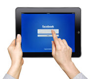 IPad com facebook app Foto de Stock Royalty Free
