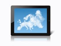Ipad con la mappa di Europa ha fatto delle nuvole Fotografie Stock