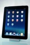 iPad d'Apple sur un dock Images stock
