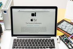 IPad d'ordinateurs Apple nouvel pro, iPhone 6s, 6s plus et Apple TV Image stock