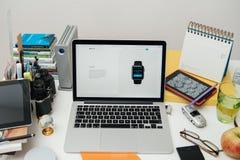IPad dei calcolatori Apple nuovo pro, iPhone 6s, 6s più e Apple TV Fotografia Stock