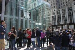 IPad mania. Apple store in Manhattan, selling iPads Stock Photo