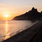 Ipanema海滩是其中一个最偶象的海滩在世界上,位于里约热内卢,巴西 图库摄影