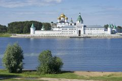 Ipatievsky修道院在Kostroma俄罗斯 免版税图库摄影
