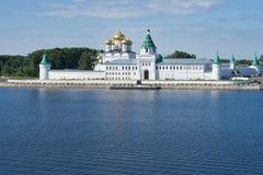 Ipatievsky monaster w Kostroma Rosja zdjęcia stock
