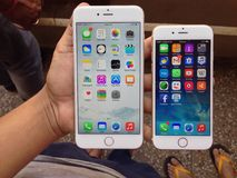 IPhone 6 και iPhone 6 συν στοκ εικόνες με δικαίωμα ελεύθερης χρήσης