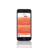 IPhone 6 με την υγεία υπηρεσιών της Apple στην οθόνη Στοκ φωτογραφία με δικαίωμα ελεύθερης χρήσης