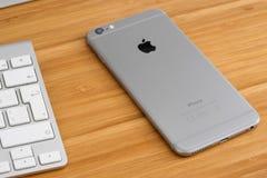 Iphone 6 συν Στοκ φωτογραφία με δικαίωμα ελεύθερης χρήσης